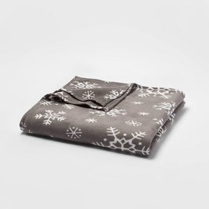 Full/Queen Holiday Fleece Bed Blanket Gray Snowflake - Wondershop