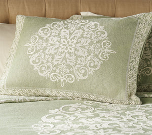 Amadeus 100% Cotton Scroll Pattern Bedspread