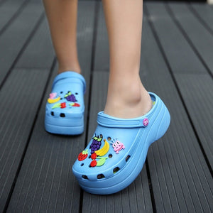 Summer Women Croc Clogs Platform Garden Sandals Cartoon Fruit Slippers Slip On For Girl Beach Shoes Fashion Slides Outdoor