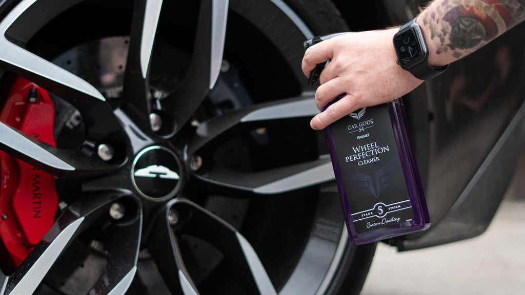 Cleaning and Aston Martin Wheel