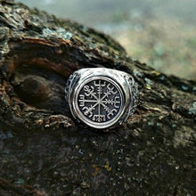 Load image into Gallery viewer, Nordic Viking Pirate Nautical Totem Rudder Ring Vintage 316L Stainless Steel Compass Ring Men's Jewelry