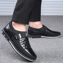 Load image into Gallery viewer, Fashion Mens Casual Shoes  Mens Loafers Moccasins Breathable Slip on Black Driving Shoes Male Business Formal Shoes Plus Size 38-46