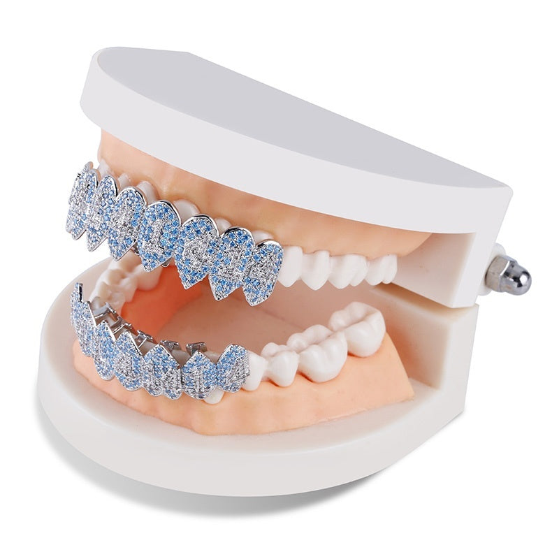 TOPGRILLZ Hip Hop 1414 Teeth Grillz Iced Out AAA Cubic Zircon Silver Color Eight Teeth Top&Bottom Vampire Tooth Grills Set For Gift