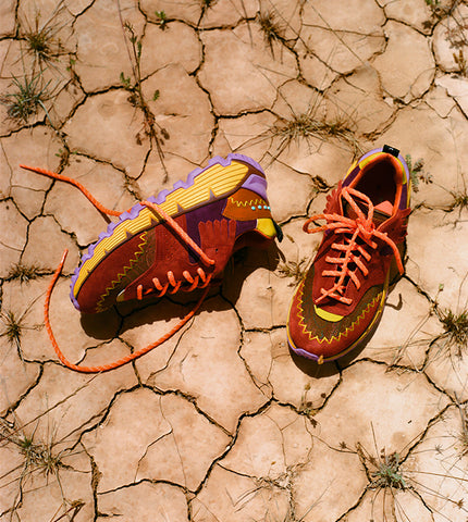 Presented during the Men's Fall-Winter 2021/22 fashion show, the sneaker with multi-texture and multicolour workings has a special name that combines the words earth + beat, evoking Earth's natural beat; the spirit of life and a vibrant source of emotion and love for the planet.