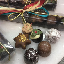Load image into Gallery viewer, Six Festive Flavours Chocolate Selection Stick Box