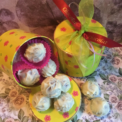 Luxury Round 'Floral' Baileys Truffle Selection Box | Chocolat in Kirkby Lonsdale