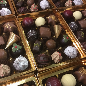 Limited Edition 'Festive Flavours' Chocolate Selection Box | Chocolat in Kirkby Lonsdale