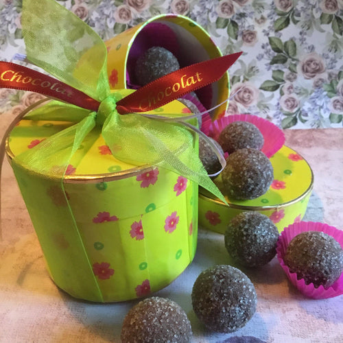 Luxury Round 'Floral' Creme Brûlée Truffle Selection Box | Chocolat in Kirkby Lonsdale
