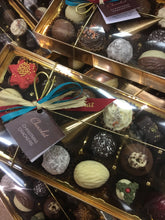 Load image into Gallery viewer, Limited Edition 'Christmas Crackers' Chocolate Selection Box | Chocolat in Kirkby Lonsdale