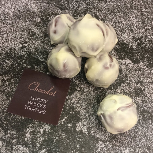 Bag of 6 White Chocolate Coated Baileys Truffles | Chocolat