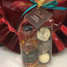 Load image into Gallery viewer, Kin Toffee Vodka Mini and Festive Flavours Triple Chocolate Gift Pack