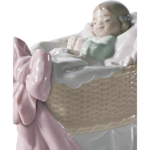 LLADRÓ A New Treasure Girl Figurine. Porcelain Baby Figure.