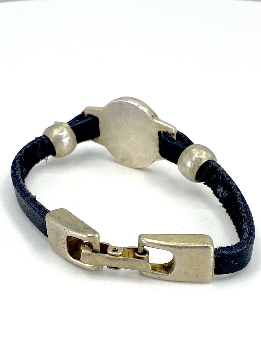 The Heart Vintage Bracelet Handmade jewelry with Genuine Leather Strap by Graciela's Collection