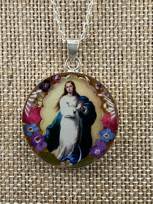 The Immaculate Conception  / La Inmaculada Concepcion   - Guadalupe Collection