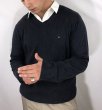 Load image into Gallery viewer, Tommy Hilfiger Sweater - L