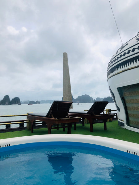 pool on ha long bay boat