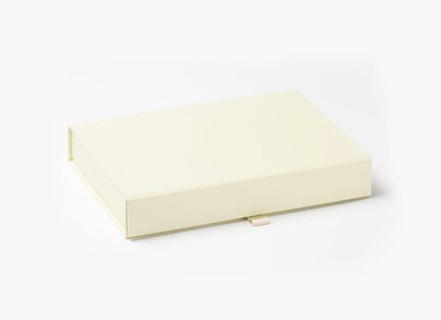 Ivory A6 Luxury Slimline Magnetic Gift Box front