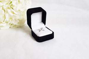 Black Suede Single Ring Box zoom