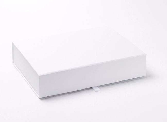 White A4 Luxury Slimline Magnetic Gift Box front