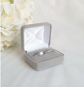 Light Grey Velvet Double Ring Box 2