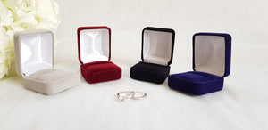 Black Velvet Single Ring Box - White Interior colours