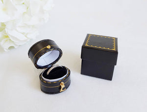 Black Vintage Style Traditional Heirloom Single Ring Box with box