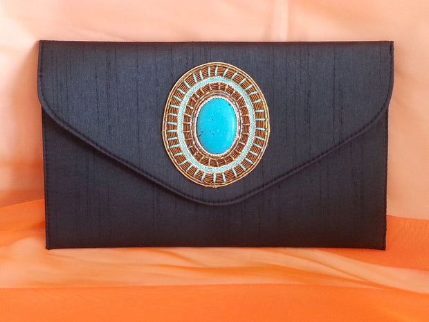 Clutch Cabachon Black