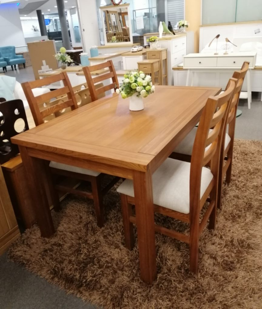 *MG* Solid Wood 7pcs dining set, Walnut color in stock now. *Special*