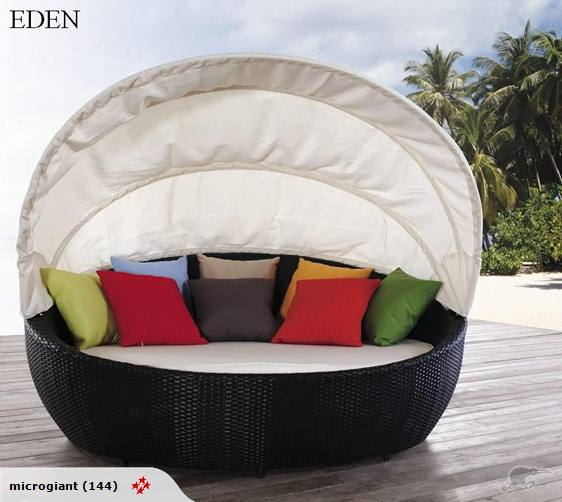 *MG*EDEN PE rattan Daybed with tent, sample only