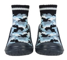 Baby sock shoes with rubber soles in a blue camouflage pattern
