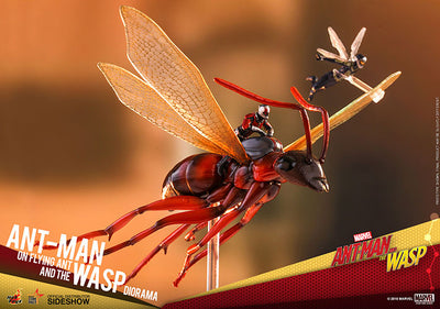 Ant-Man & The Wasp 6 Inch Statue Figure MMS Compact Series Diorama - Ant-Man on Flying Ant and the Wasp Hot Toys 903663