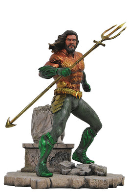 DC Gallery 9 Inch Statue Figure Aquaman Movie - Aquaman (Shelf Wear Packaging)