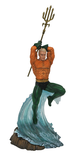 DC Gallery 9 Inch Statue Figure Comic Series - Aquaman (Shelf Wear Packaging)