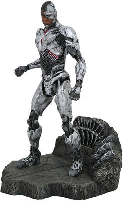 DC Gallery 9 Inch Statue Figure Justice League Movie - Cyborg