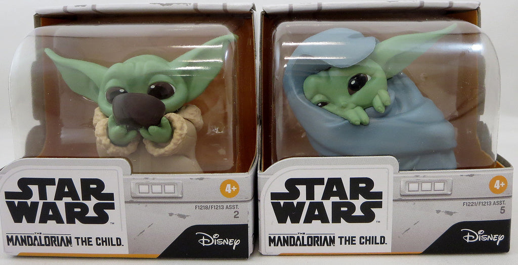 Star Wars The Mandalorian 2.2 Inch Action Figure Baby Bounties 2-Pack Series - The Child (Baby Yoda) Soup & Blanket
