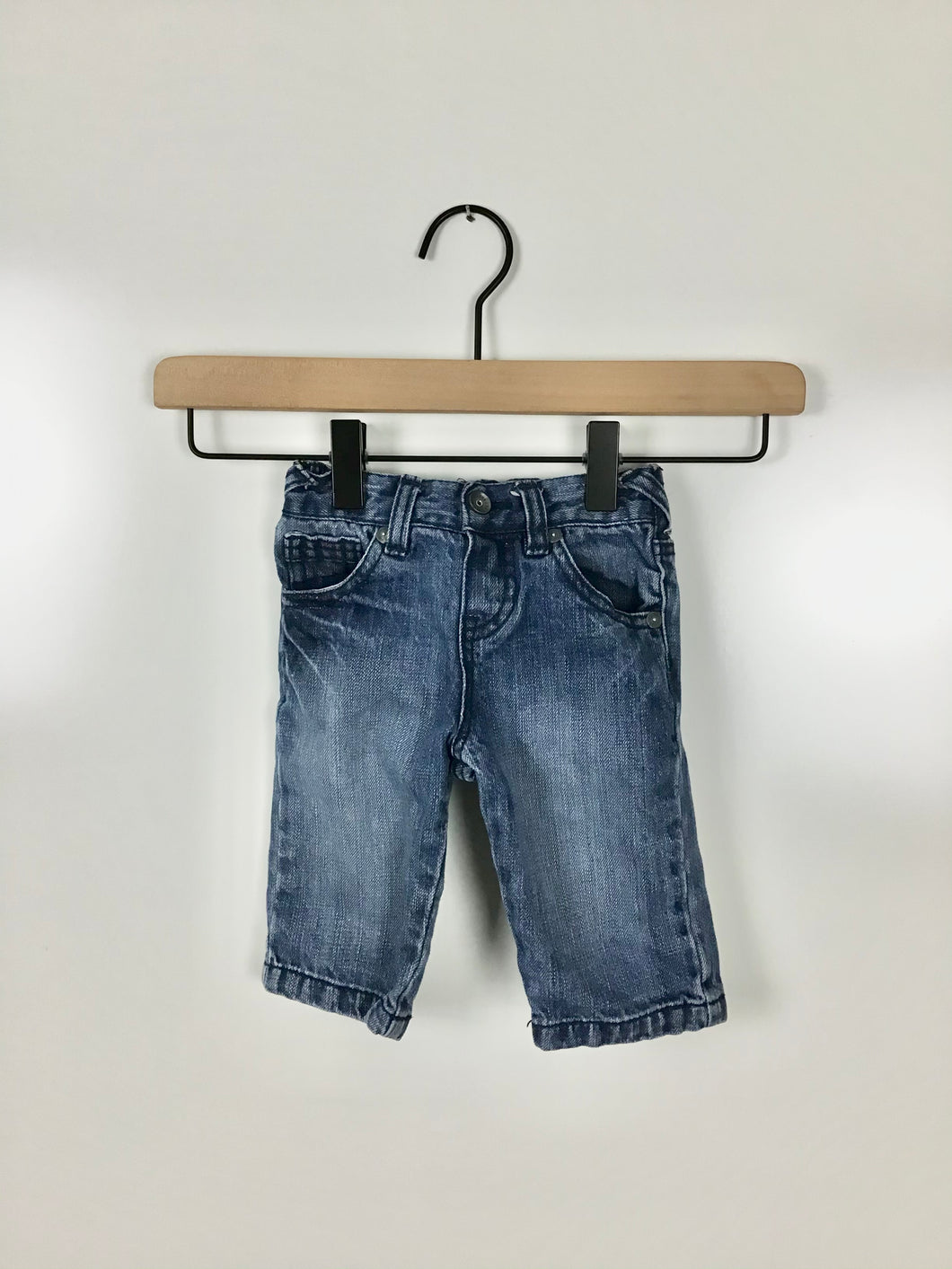 Guess jeans size 3-6 months