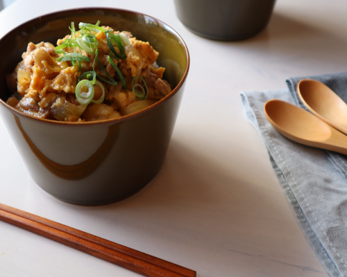 Oyakodon -Japanese chicken and egg bowl-