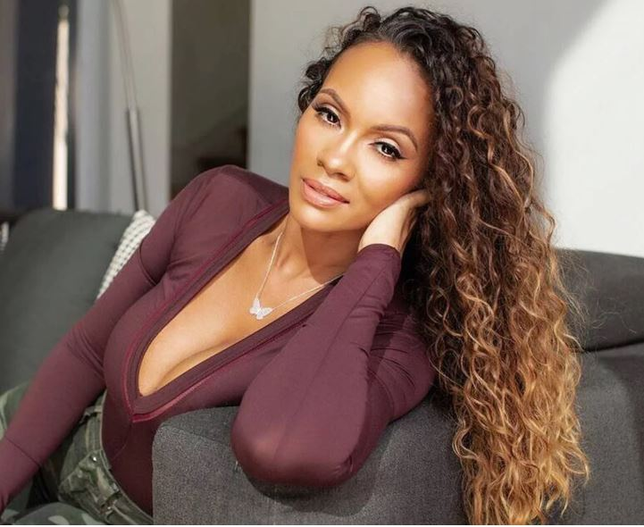 Evelyn-lozada-butterfly-necklace-trend