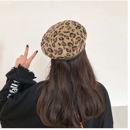WOMEN'S BERET - WORDLY WOMAN - Itgirl Accessories Store
