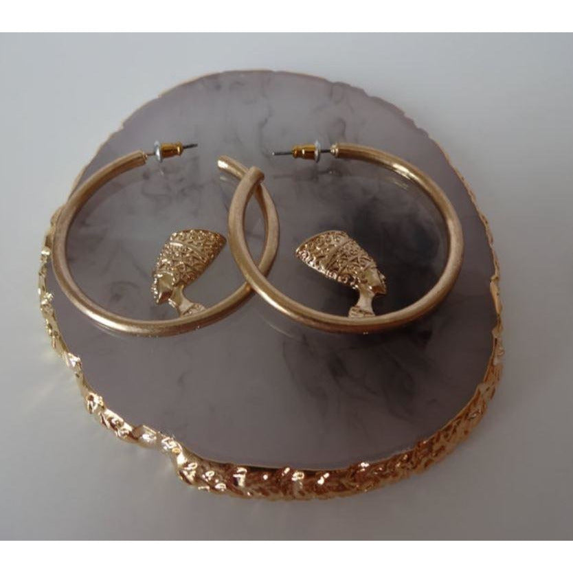 QUEENED - STATEMENT HOOP EARRINGS - Itgirl Accessories Store