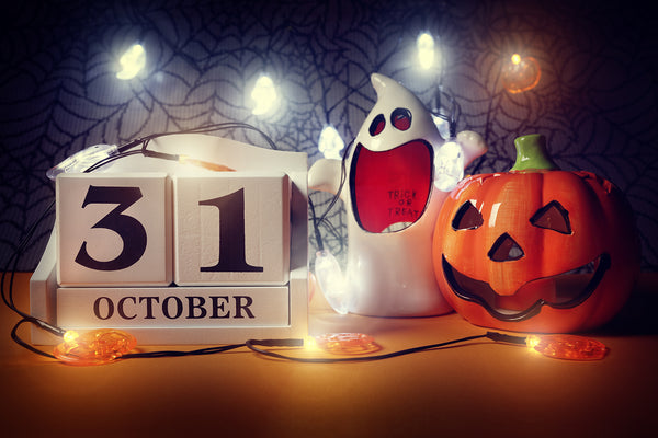 10 WAYS TO CELEBRATE HALLOWEEN 2020