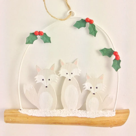Artic Fox Family Christmas Decoration Size - W11cmxH10cm