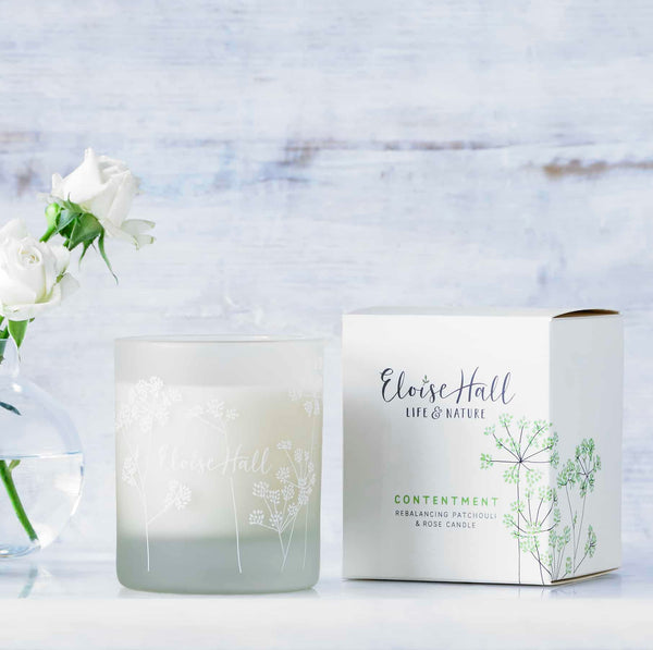 100% natural ingredients handmade in England finest blend of natural wax free from paraffin double hand poured for fragrance until the end Long lasting: burn time over 45 hours 100% Recyclable packaging Cotton Wick 230g