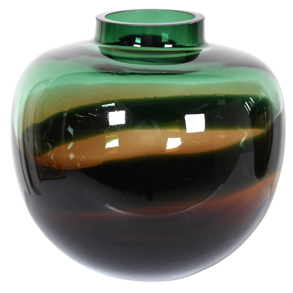A beautiful addition to any home. Dark green glass blends with black to form different shades.  Dimensions: H:240 Dia:250 mm.