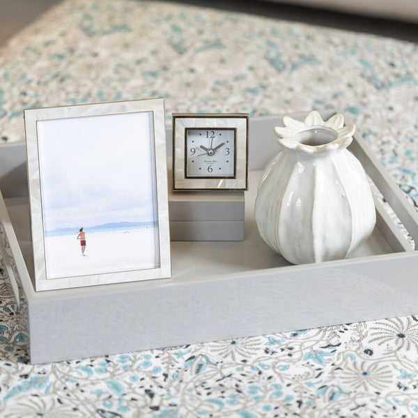 "Mother of Pearl Photo Frame 4""x6"""