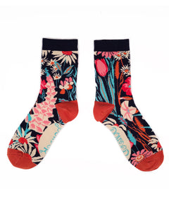Delectably bright and floral, these Country Garden Ankle Socks are soft and bursting with feelings of Summer! With bamboo for softness and quality, these are sure to brighten up your foot game. All our socks come with a beautifully designed sock gift bag, perfect for gifting to others or to yourself!
