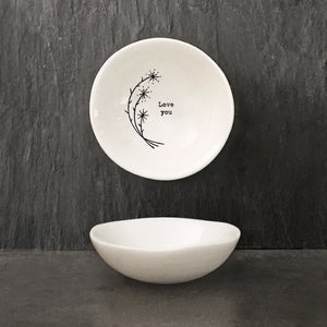Another beautiful addition to the porcelain range from East of India.  This dainty bowl is a perfect sentimental gift for a special loved one.  Size: 6 x 1.8 x 6cm
