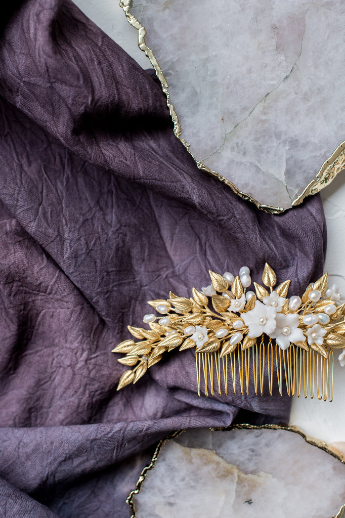 MARGARITA Gold Laurel Leaf Floral Comb