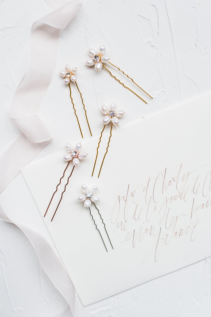 CARILLA Pearl Flower Hair Pins