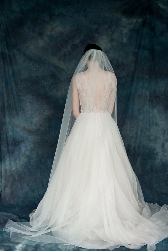 Ivory Tulle Single Tier Wedding Veil - Made in Toronto Canada - Blair Nadeau Millinery - Whitney Heard Photography